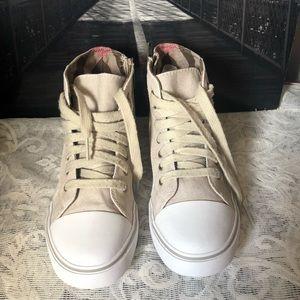 Burberry Shoes - Burberry